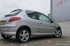 Peugeot-206-10