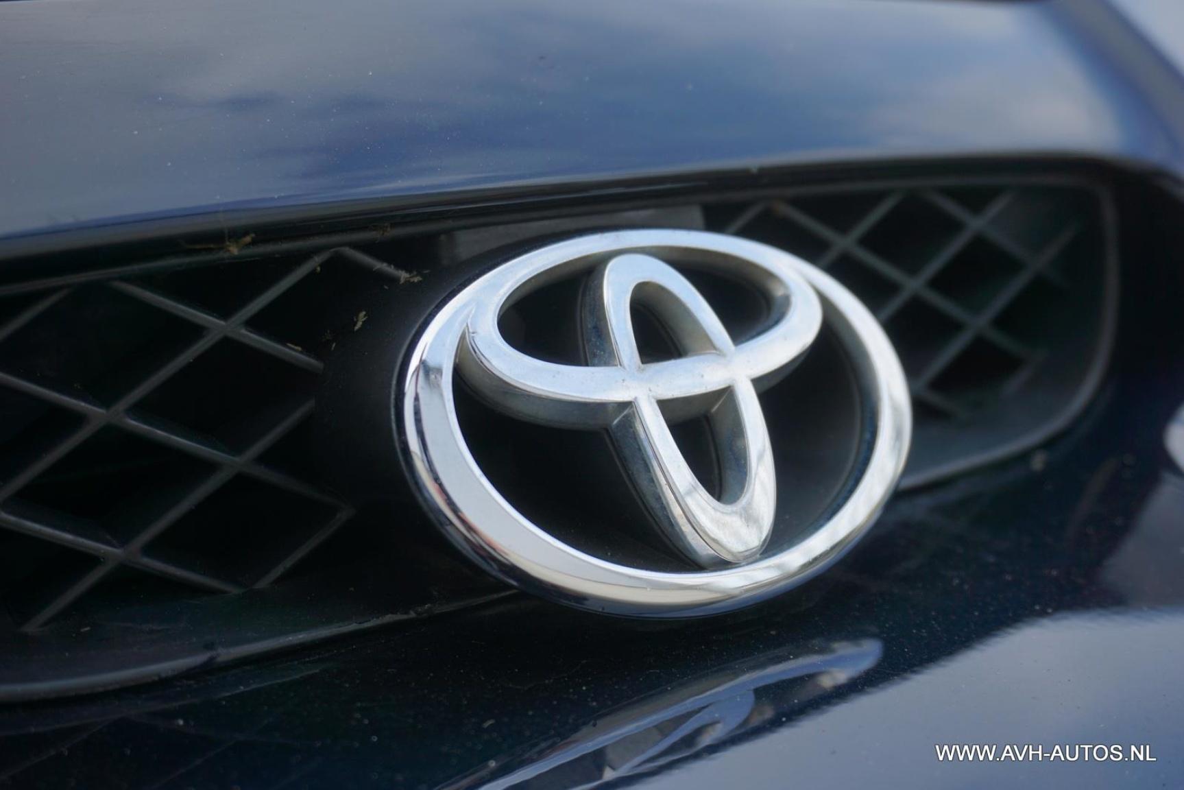 Toyota-Celica-8
