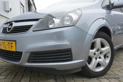 Opel-Zafira-11