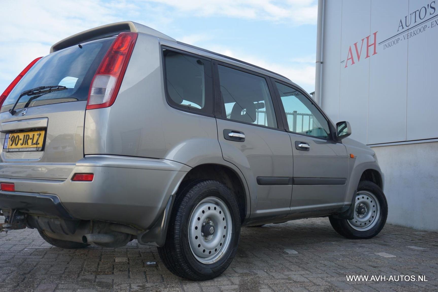 Nissan-X-Trail-10